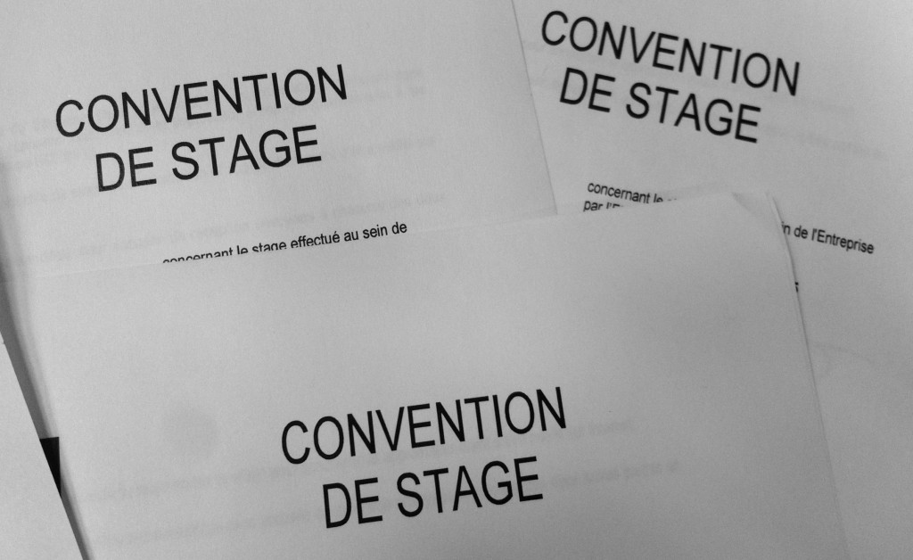 convention-stage